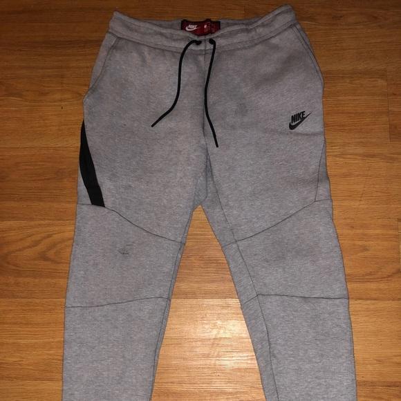 save off 3a332 ea592 Nike Sportswear Tech Fleece Men s Joggers Size M. M 5ab5a11a5521be4ba8a44a75